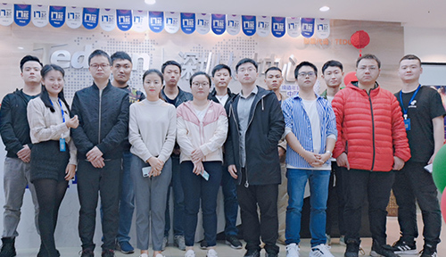 http://sz.tedu.cn/employments/graduation/410456.html